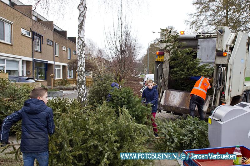 Euries voor vuurwerkafval en kerstbomen.