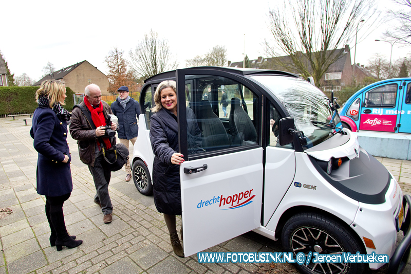 Start elektronische Wijkhopper in de wijk Sterrenburg in Dordrecht.