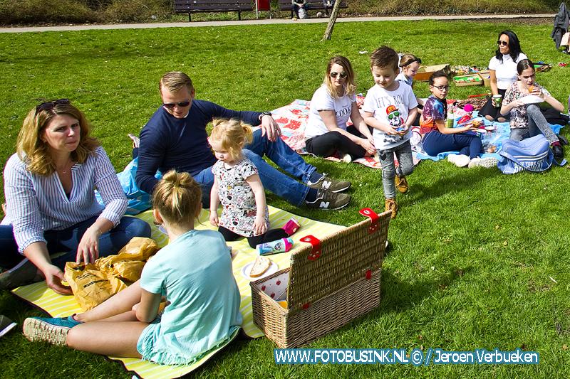 kiindpicknick in het Weizigtpark in Dordrecht + Video