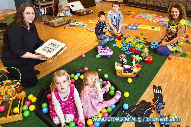 Feest bij Pip & Zo in Dordrecht vanwege 2 jarig bestaan van de speelotheek + Video