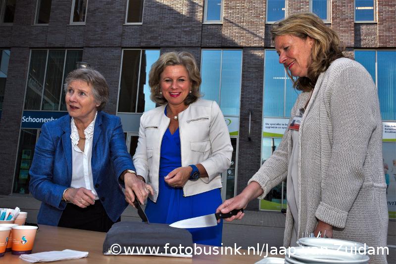 Opening blindengeleidelijn Albert Schweitzer ziekenhuis