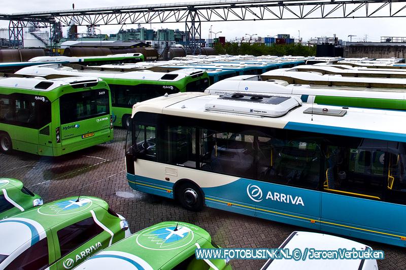 Ook morgen blijven de bussen in de regio op stal.