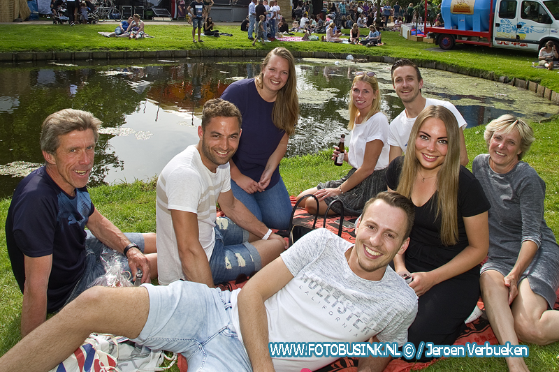 Lepeltje Lepeltje in het weizigtpark in Dordrecht - Dag 3.