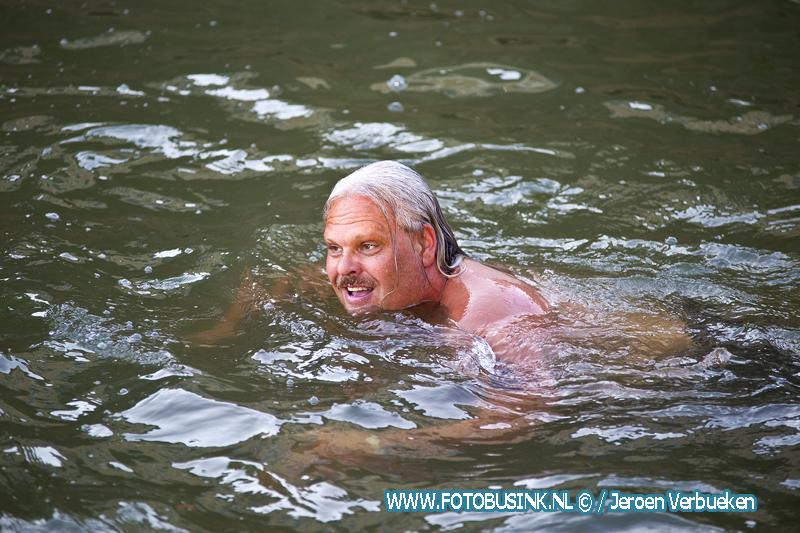 De City Swim Dordrecht to Fight Cancer Zwemtraining.