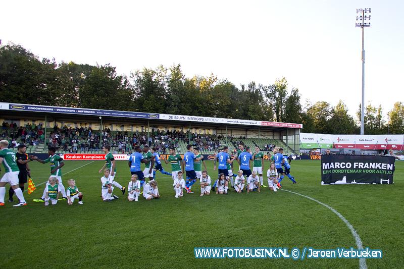 Eerbetoon aan Marco Franken door Supporters van FC Dordrecht.