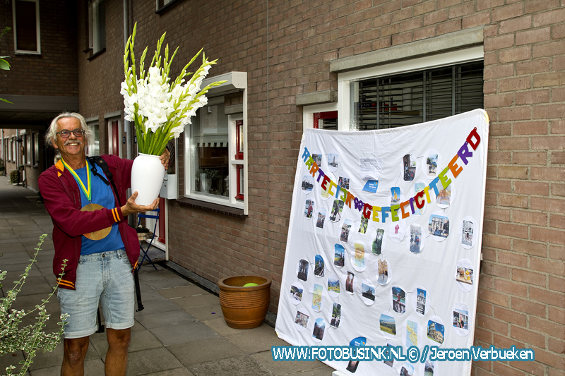 Dordtenaar Peter de Jong is weer thuis na fietstocht naar Rome voor 'Spieren voor Spieren'.