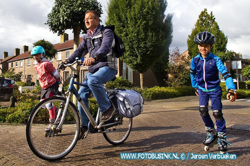 Skeelervereniging Sliedrecht en IJsclub Nooit Gedacht houden de traditionele skeeler- en fietstocht.