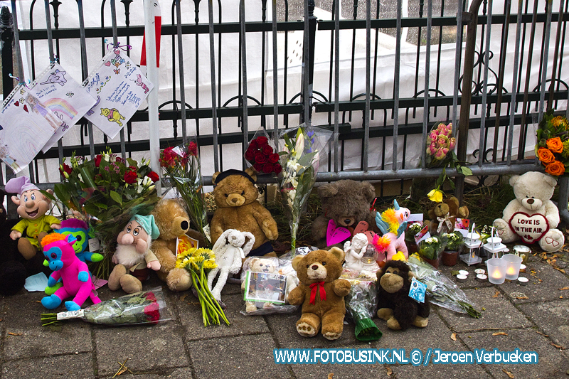 Herdenkingsplek voor gezinsdrama in Papendrecht.