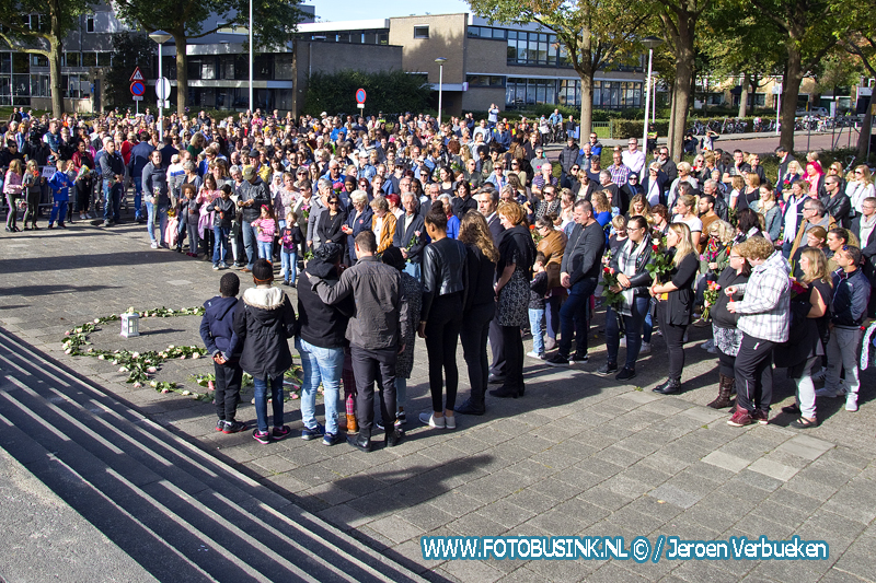 Stille tocht in Papendrecht voor omgekomen gezin