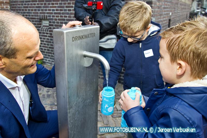 Nieuw watertappunt aan de Hofstraat in Dordrecht.