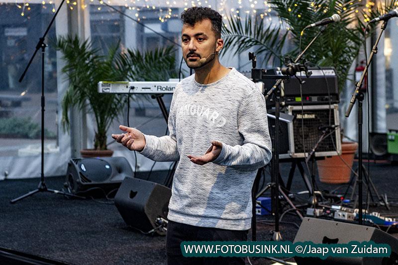 Özcan Akyol geeft het startschot voor Pop Up Papendrecht