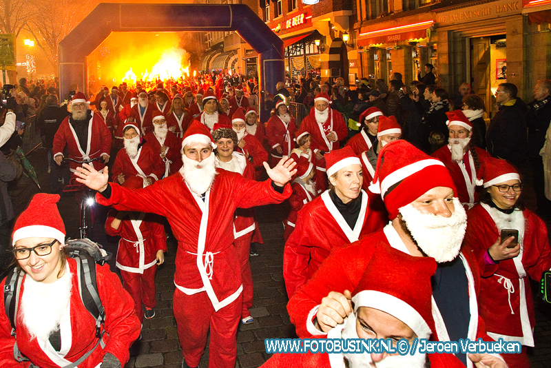 Santarun in Dordtse binnenstad weer groot succes.