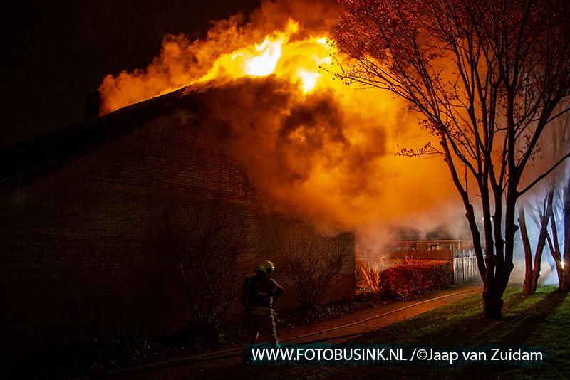 Brand in bejaardenwoning Zwijndrecht door vuurpijl