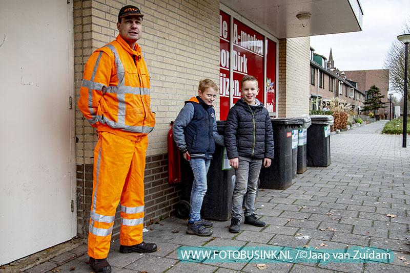 Inlevering vuurwerkafval in Alblasserdam