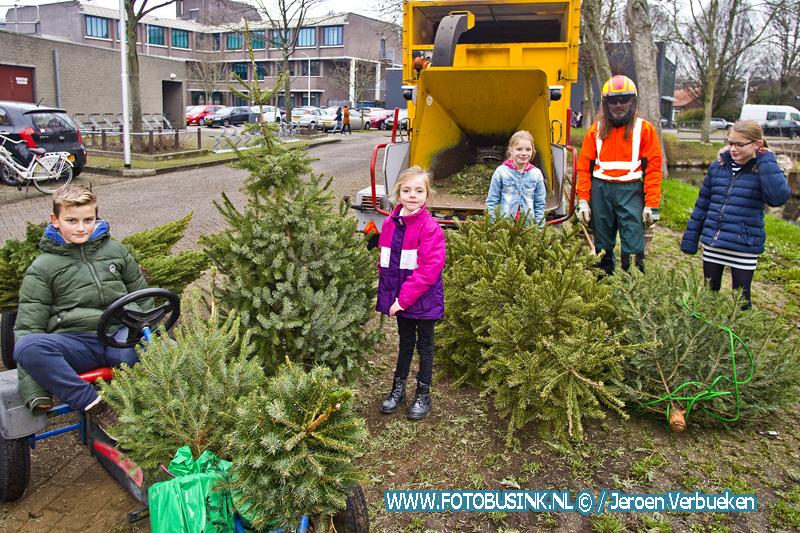Kerstbomen en vuurwerk inleveren in Sliedrecht.