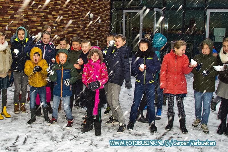 Sneeuwpret op de Ds. J. Bogermanschool,.