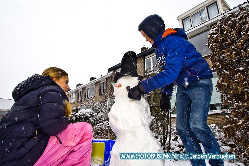 Sneeuwpret in Alblasserdam.