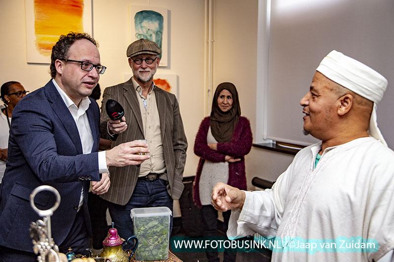 Minister Koolmees neemt deel aan Meet and (gr)Eat in het Oude Raadhuis van Zwijndrecht