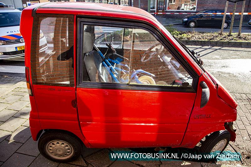 Brommobiel gekanteld als gevolg van aanrijding Mauritsweg