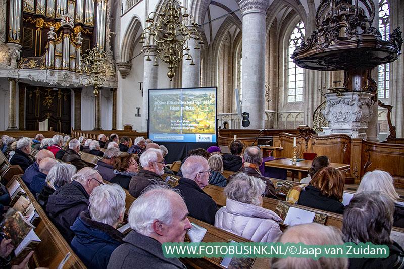 Overdracht altaarpanelen Sint Elisabethvloed Grote Kerk Dordrecht