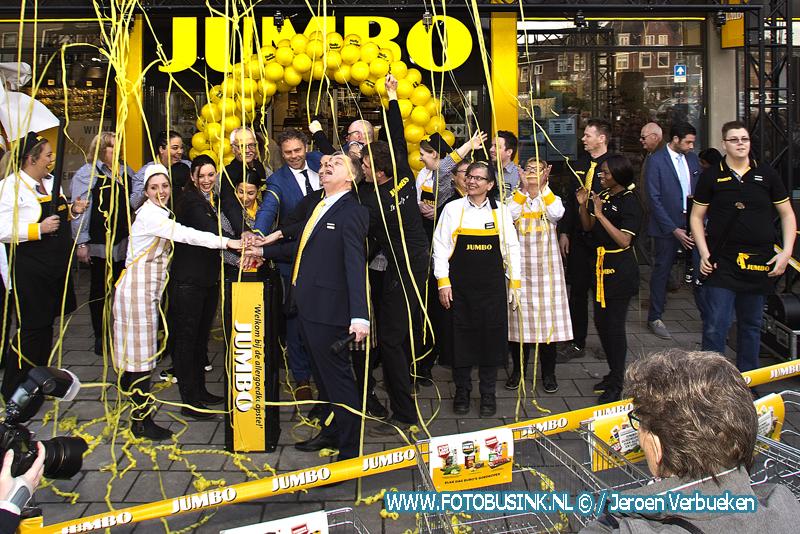 Jumbo geopend aan de Krispijnseweg in Dordrecht.