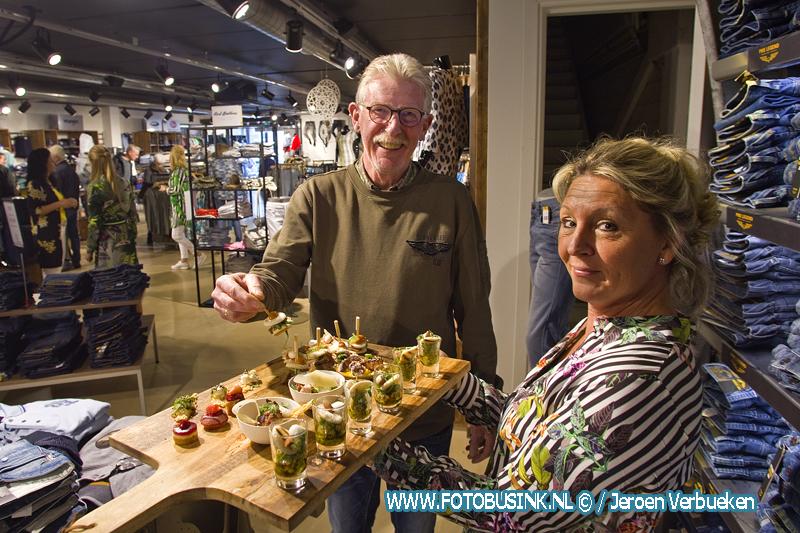Winkelen met luxe hapjes tijdens het Culinair Fashion Weekend bij VTC in Dordrecht.