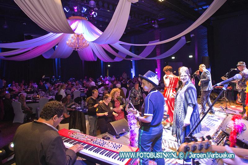 Benefiet Gala dinershows van United by Music in de Lockhorst te Sliedrecht.