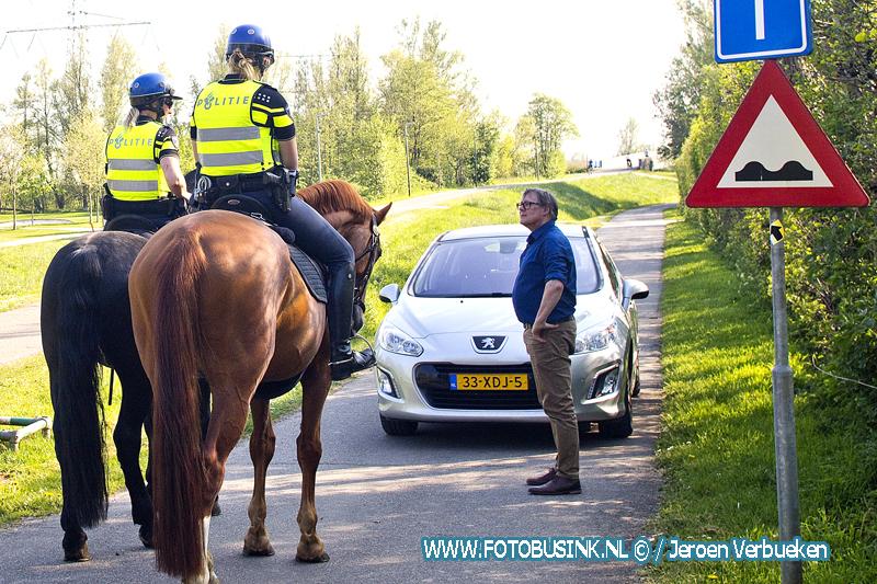 Handhavingsdag in natuurgebied de Biesbosch.
