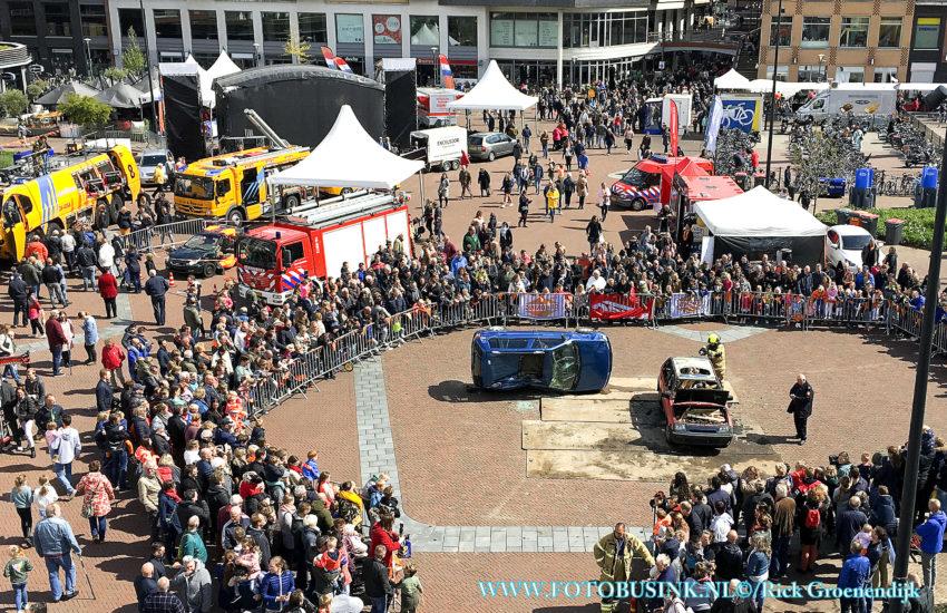 Brandweer Papendrecht verzorgd verschillende demo's op Koningsdag.