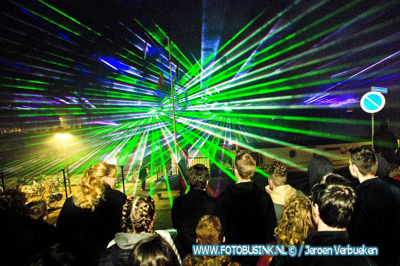 Sliedrecht sluit Bevrijdingsdag af met een Lampionnenoptocht,een Lasershow en vuurwerk.
