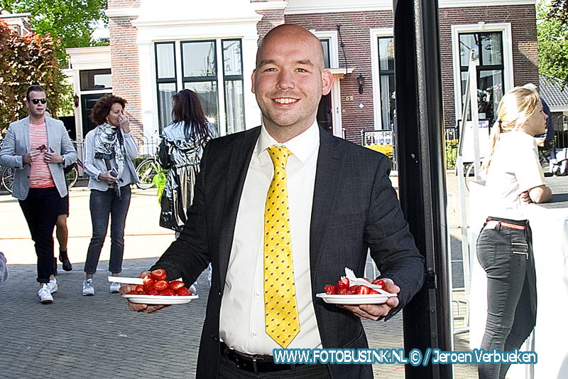 Moederdag ontbijt op het Merwedeplein in Sliedrecht.