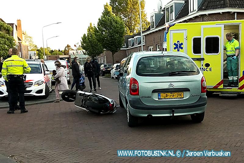 Aanrijding letsel scooter VS auto aan de Wantijstraat in Dordrecht.