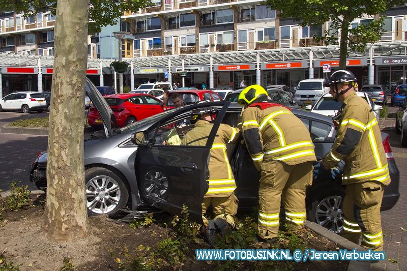 Eenzijdig ongeval bij WC Crabbehof in Dordrecht.