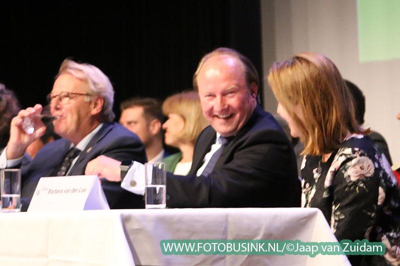 Installatie Hein van der Loo als burgemeester van Zwijndrecht
