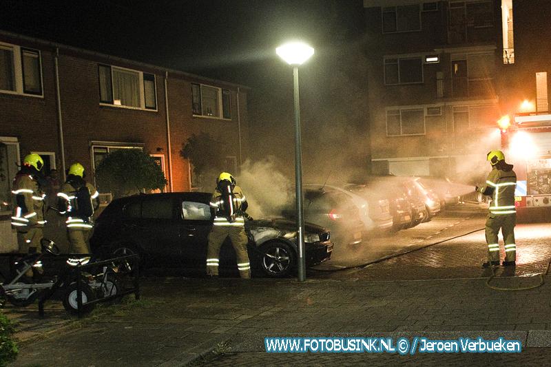 Autobrand aan de Orionstraat in Dordrecht.