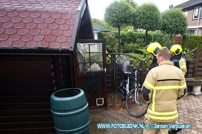 Elektrische fiets vat vlam aan de Prattenburg in Dordrecht.
