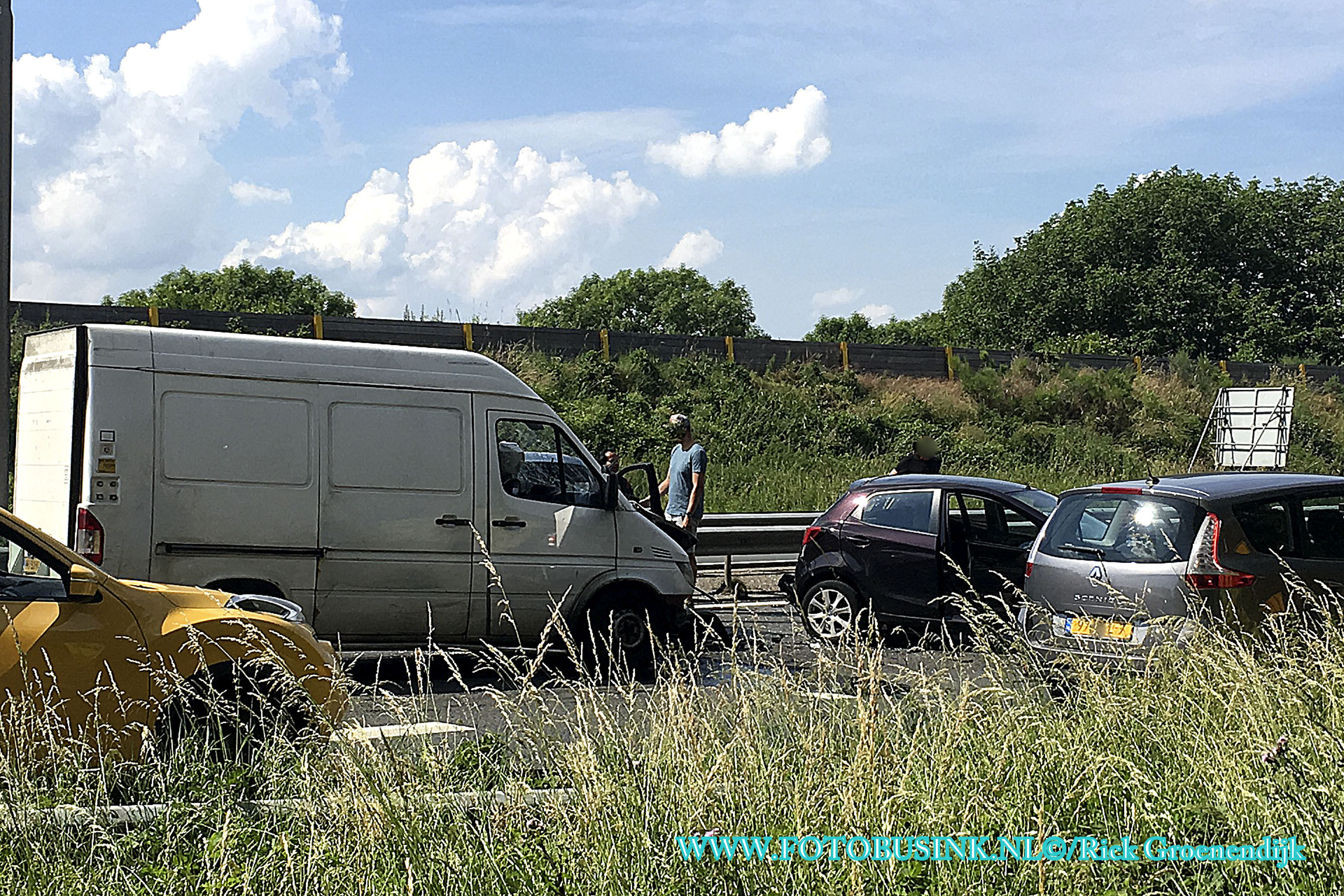 ongeval letsel meerderen voertuigen N3 Papendrecht.