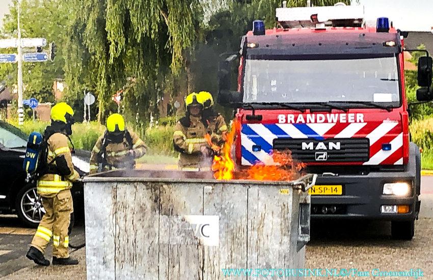 Container in de brand aan de Gerard Dousingel in Papendrecht.