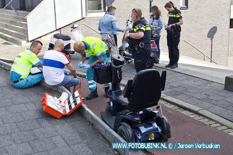 Beschonken man in scootmobiel aangehouden na aanrijding letsel aan de Noordendijk in Dordrecht.