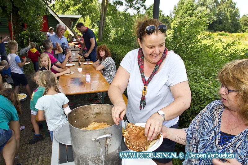 Pannenkoekenfeest bij Scouting Alblasserdam.