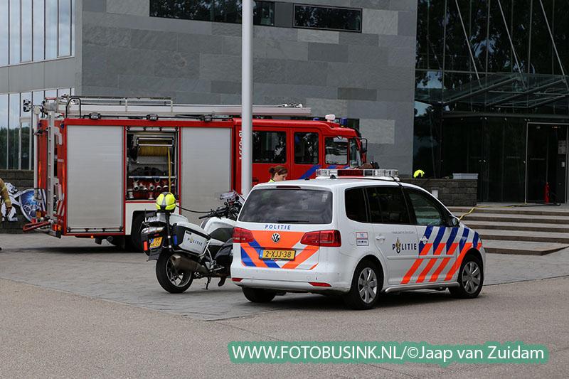 Brand in hoofdkantoor van Van Leeuwen Buizen in Zwijndrecht
