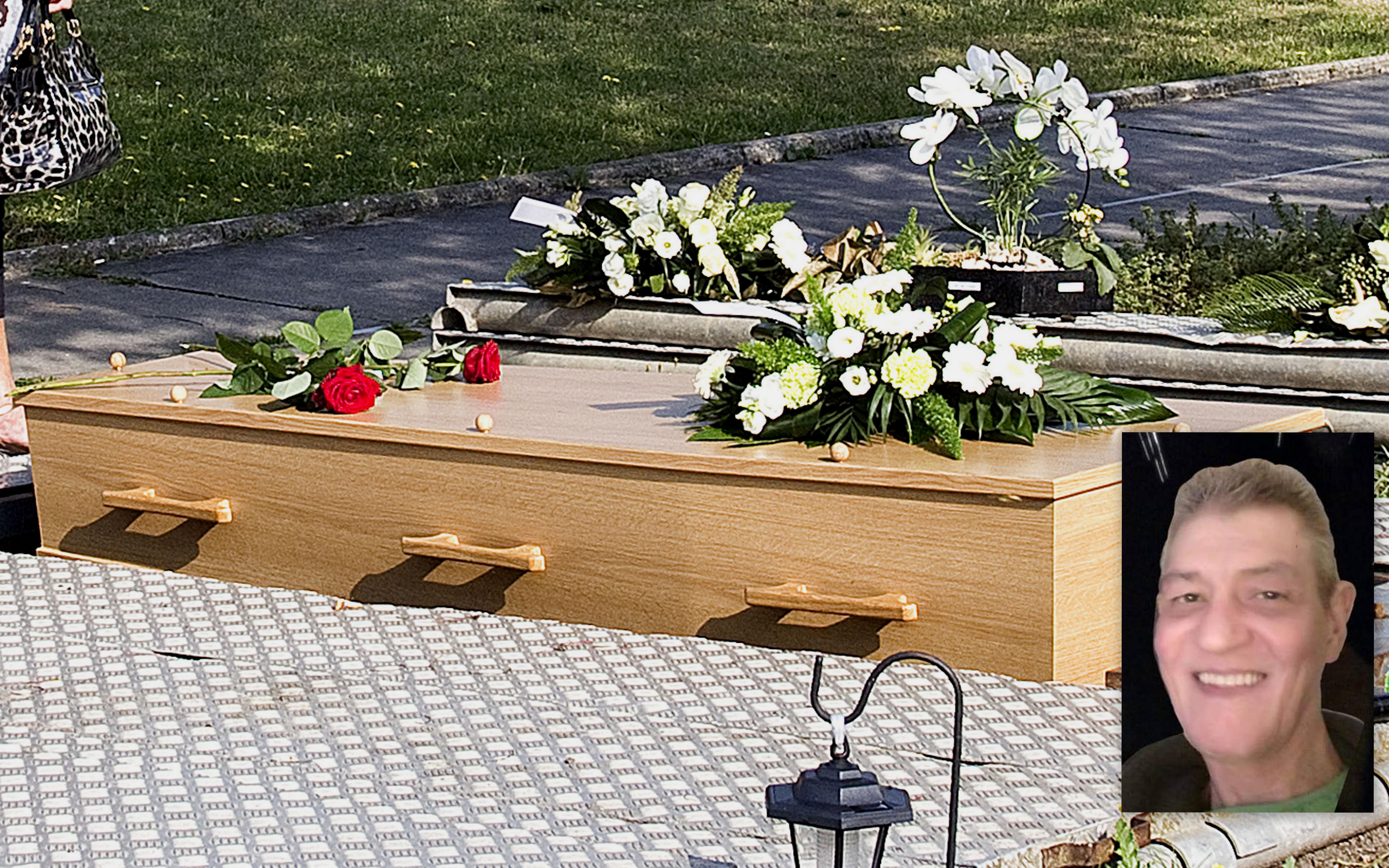 Dordtse zanger Loek Dol ( Tony Camaro ) in stilte begraven.