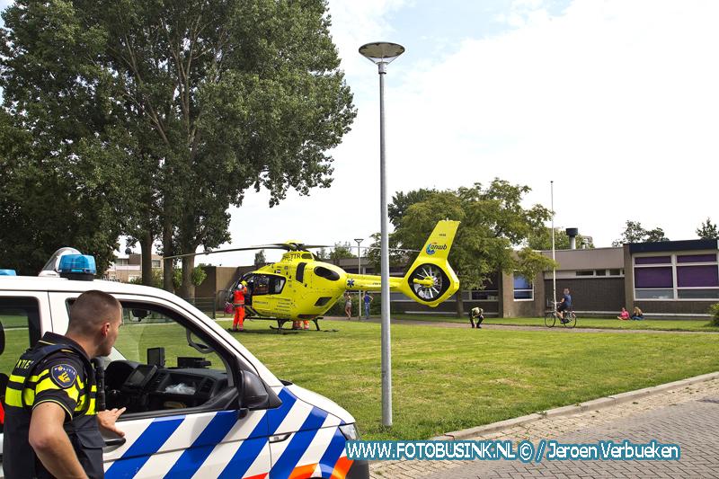 Traumahelikopter opgeroepen voor medische noodsituatie aan de Zijldiep in Dordrecht.