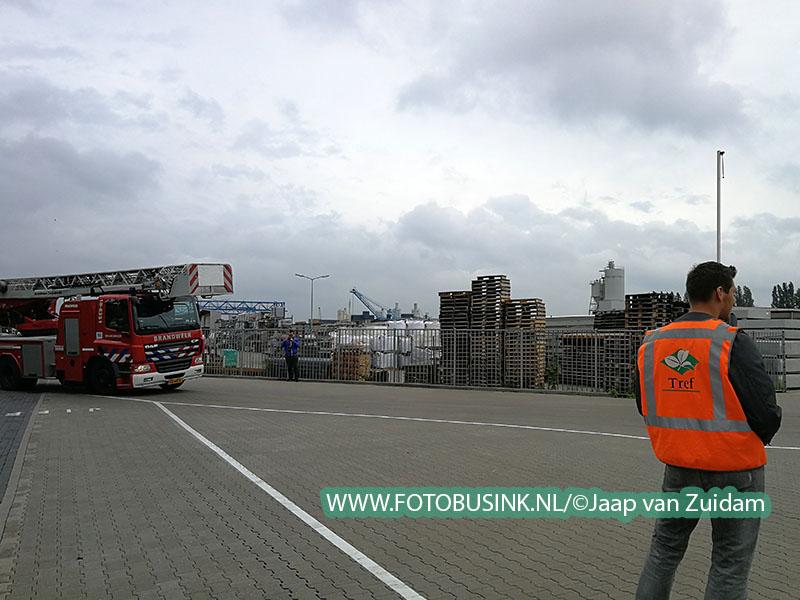 Middelbrand bij potgrondfabriek in Zwijndrecht