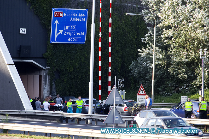 Aanrijding letsel A16 Dordrecht.