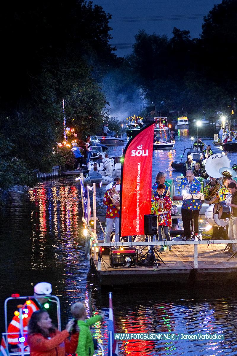 Gondelvaart 2019 op de Alblas ook dit jaar weer een mooi spektakel.