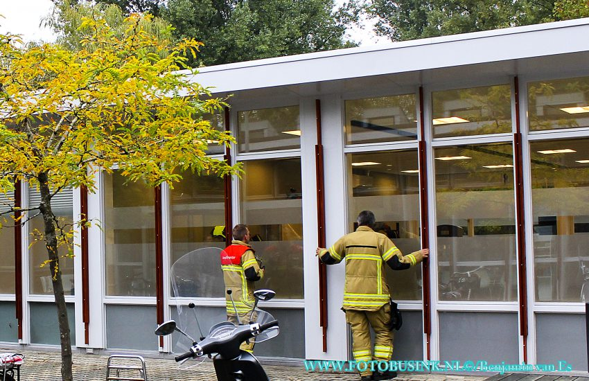 Brandweer opgeroepen voor vreemde lucht in gezondheidscentrum Blaauwweg