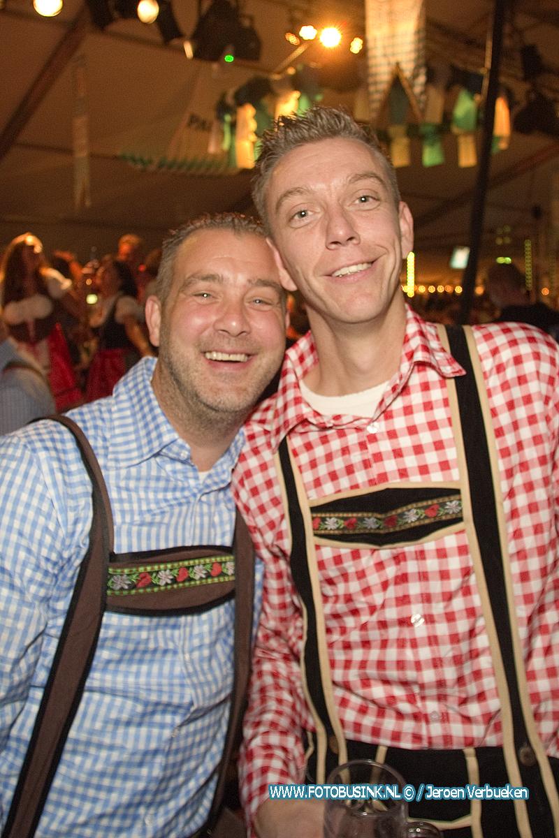 Oktoberfest Sliedrecht 2019 op het Burgemeester Winklerplein in Sliedrecht.