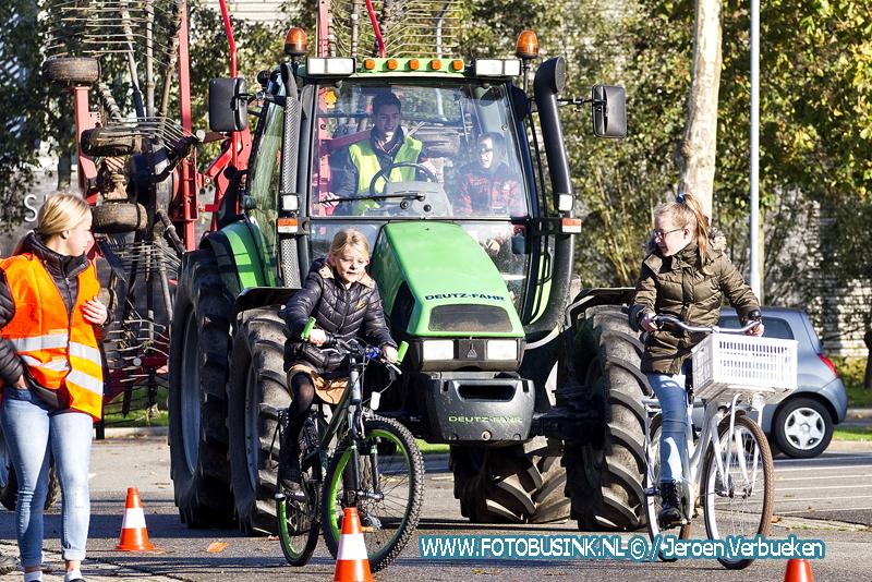 Veilig Omgaan Met Opvallend Landbouwverkeer in Bleskensgraaf