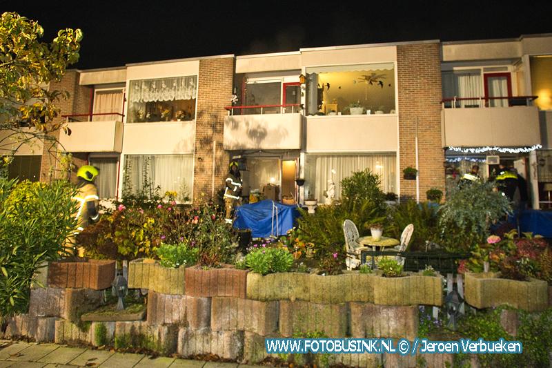 Bewoonster Vreedonk naar ziekenhuis na brandje in woning.